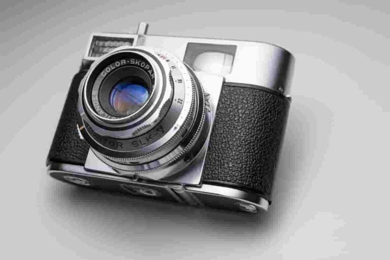 dslr vs point and shoot cameras
