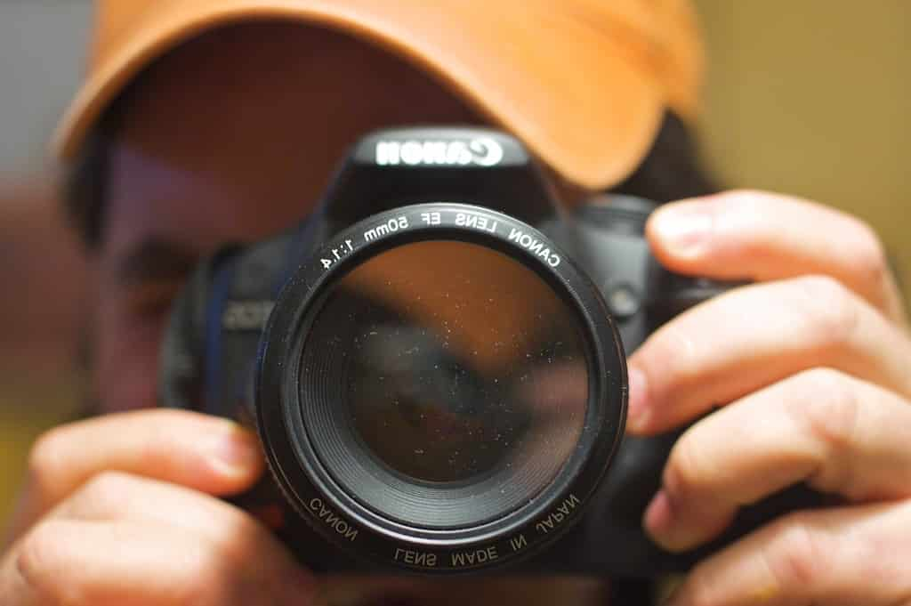 which lens is closest to human eye